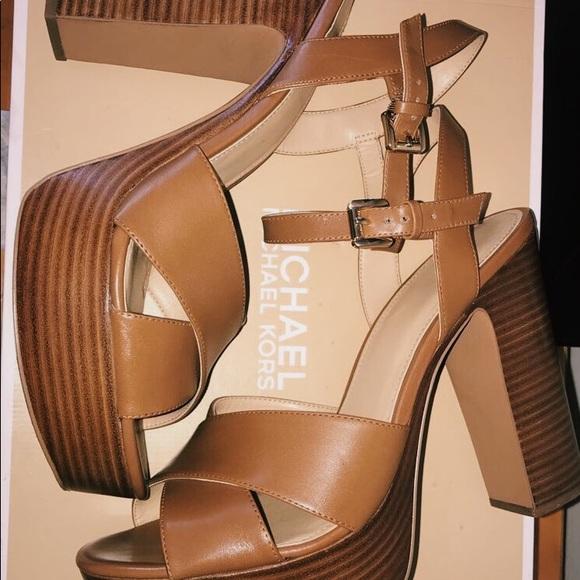 Michael Kors Shoes | Michael Kors Sia